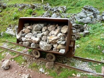 Descenso Sella - Lagos de Covadonga; excursiones; rutas de senderismo; gente viajera;atención exclu